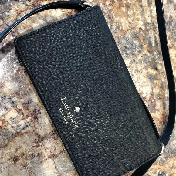 low priced c7b82 e7a49 Kate Spade Cell Phone Crossbody Wallet NWT